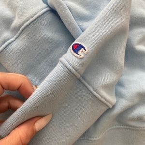 Baby blue authentic champion sweatshirt